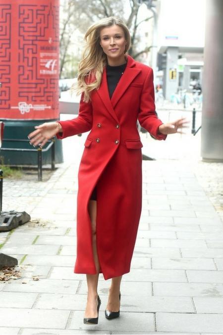 Joanna Krupa w imponującej jesiennej stylizacji