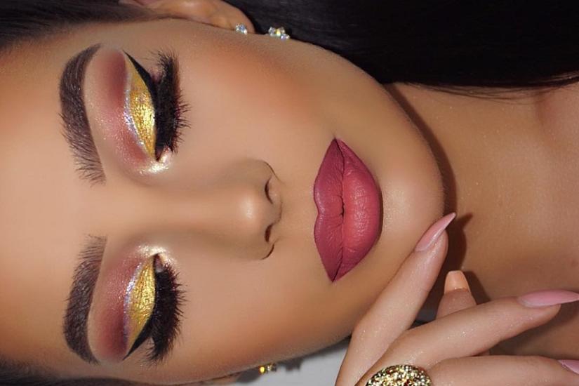mocny makeup