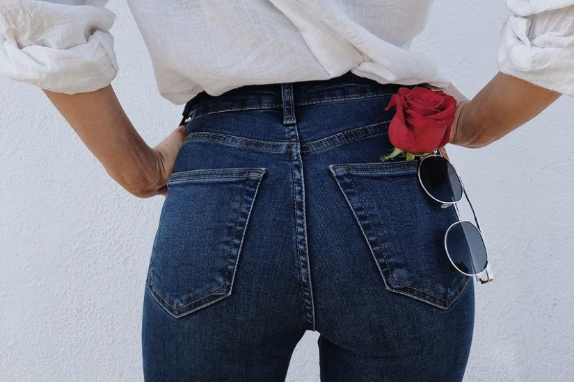 Tylko TE jeansy ekstremalnie Cię wyszczuplą