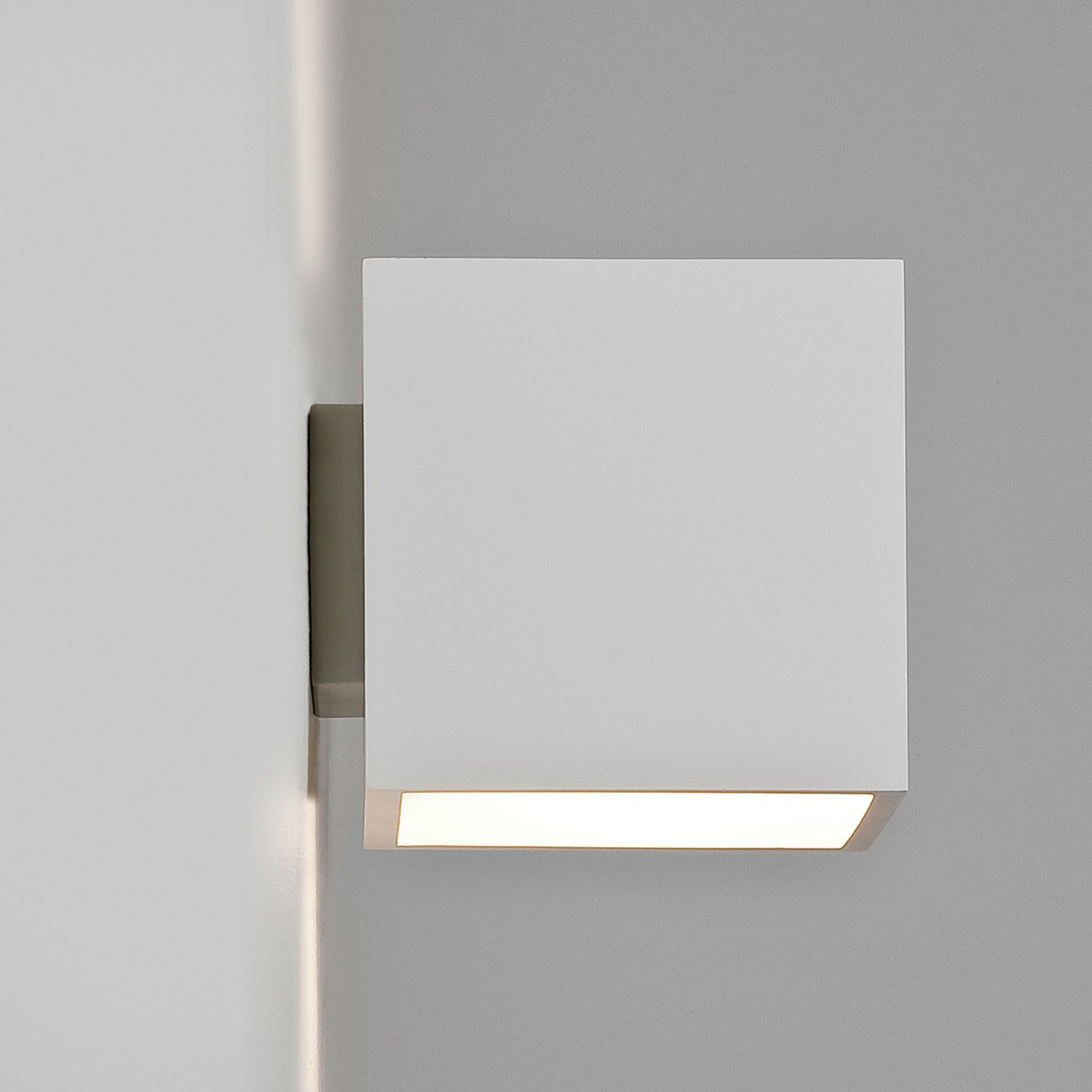 Astro Pienza 140 Wall Light Plaster