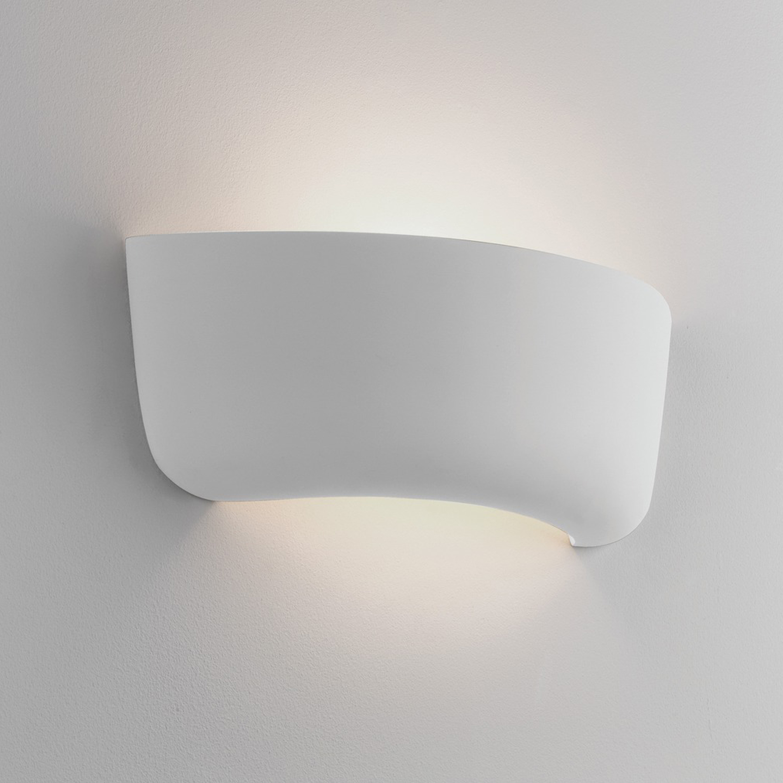 Astro Gosford 340 Wall Light Ceramic