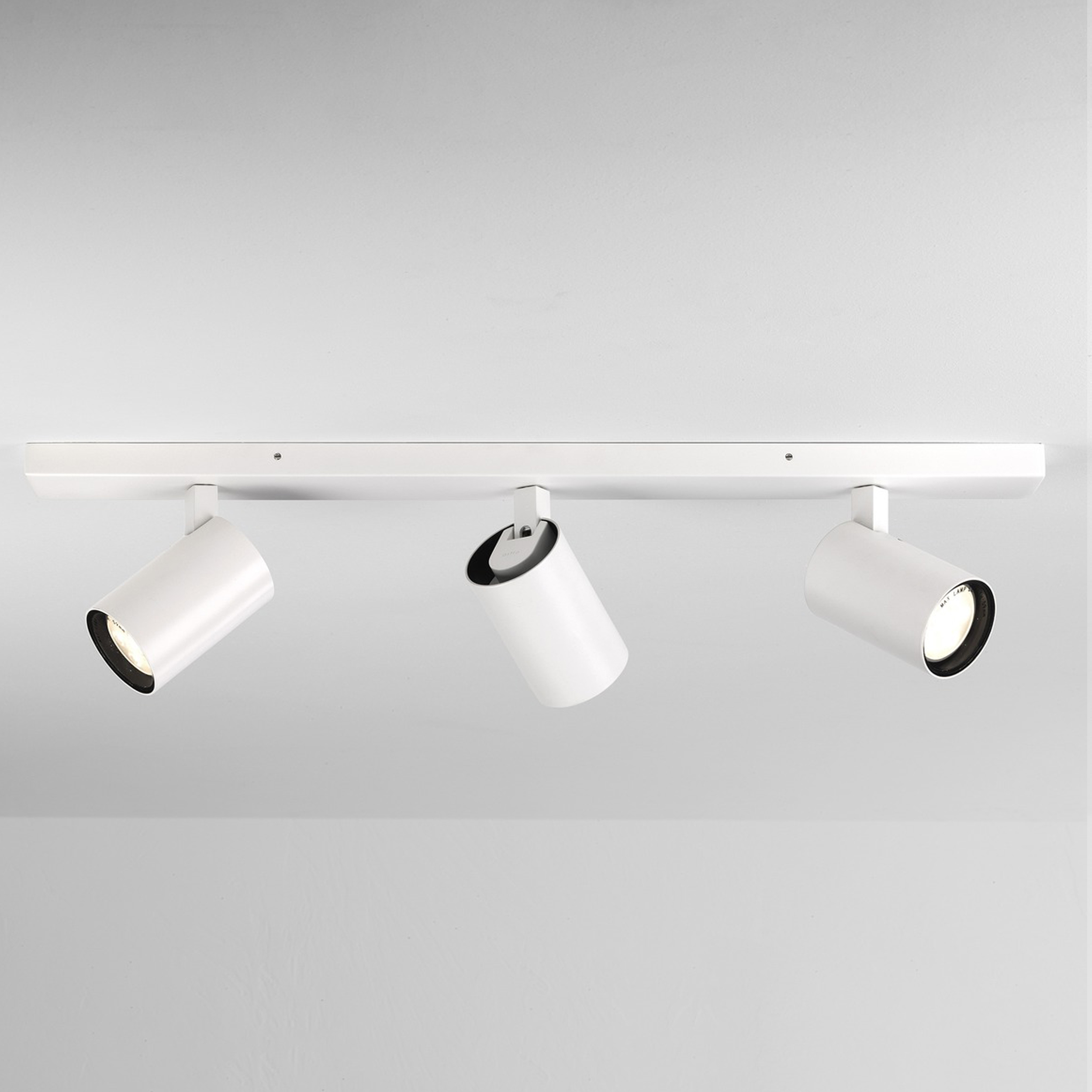 Astro Aqua Triple Bar Spotlight White B