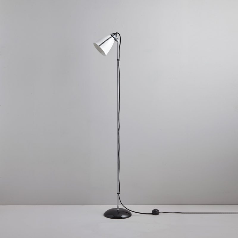 Original Btc Linear Floor Lamp Black And White Off