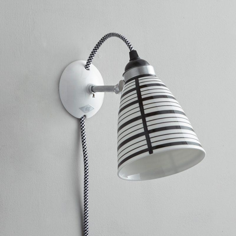 Original Btc Circle Line Plug Switch & Cable Wall Light Black And White Off