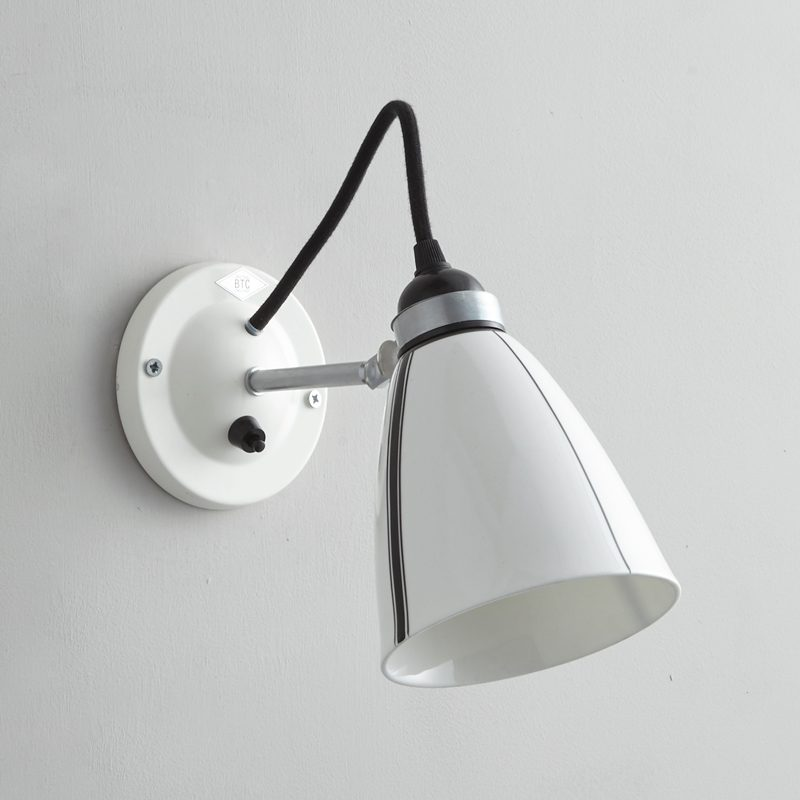 Original Btc Linear Switched Wall Light Black And White Off