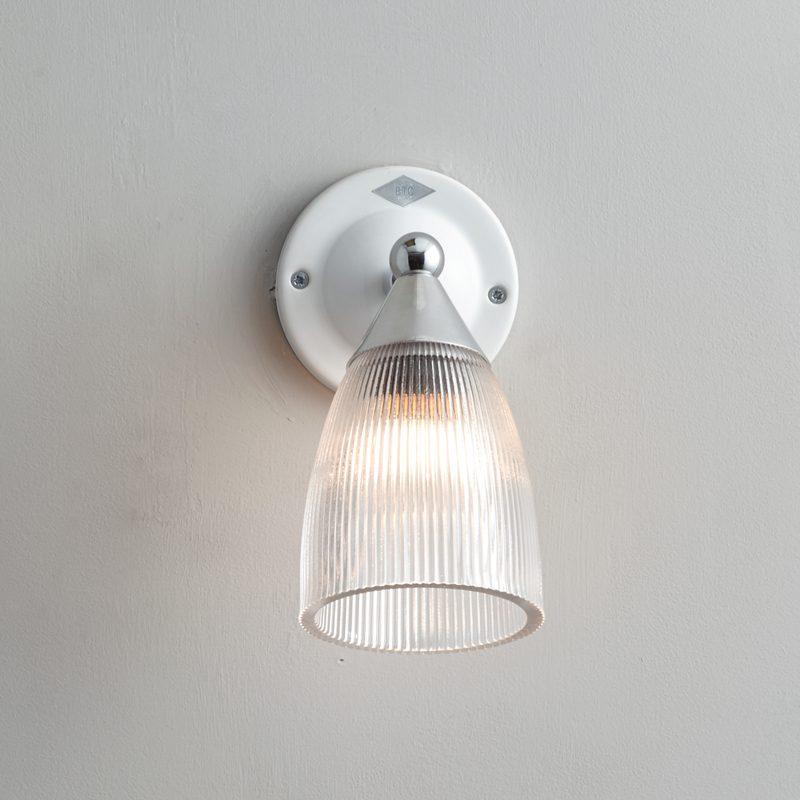 Original Btc Mann Prismatic Switched Wall Light White B On