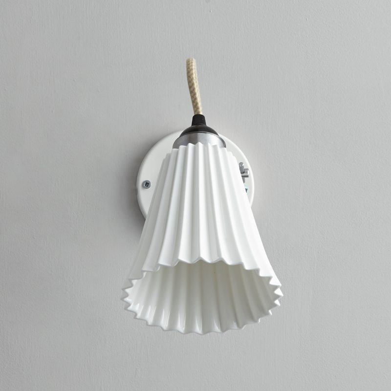 Original Btc Hector Medium Pleat Switchedswitched Wall Light White B Off