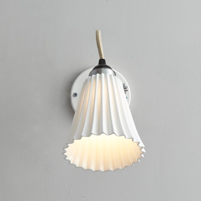 Original Btc Hector Medium Pleat Switchedswitched Wall Light White B On