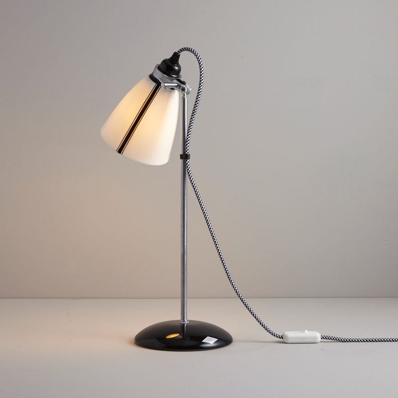 Original Btc Linear Medium Table Lamp C