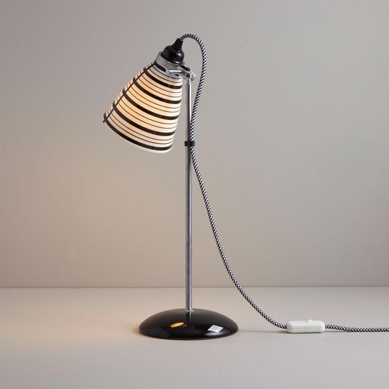 Original Btc Circle Line Medium Table Lamp Black B On