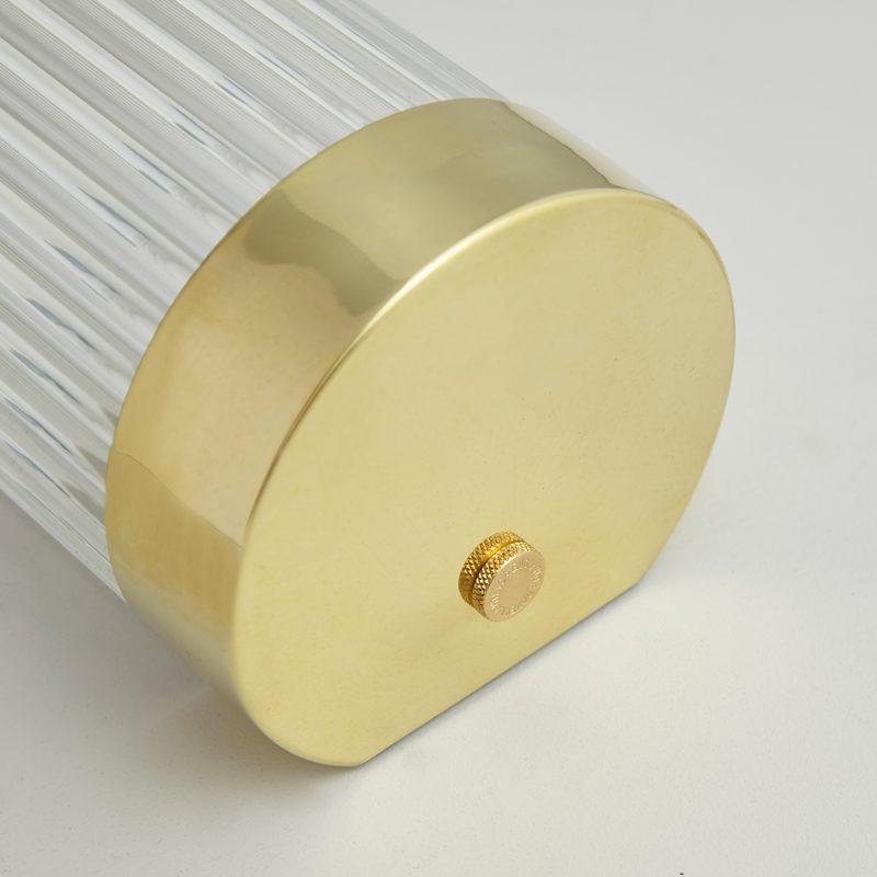 Davey Lighting Narrow Pillar 40 Led Wall Light Polished Brass C