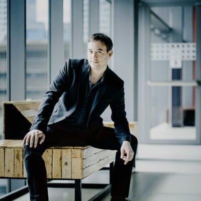 Jonathan CohenPhoto: Marco borggreve