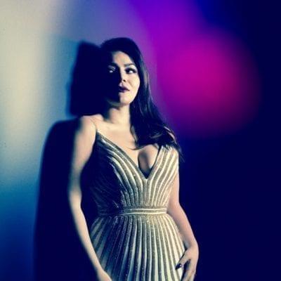 Ailyn_Perez_image_by_Dario_Acosta_Opera_News_3_jewelry_Tamsen_Z_by_Ann_Ziff