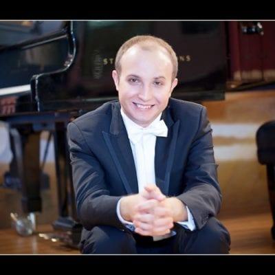 Alexander Gavrylyuk (stage/piano)