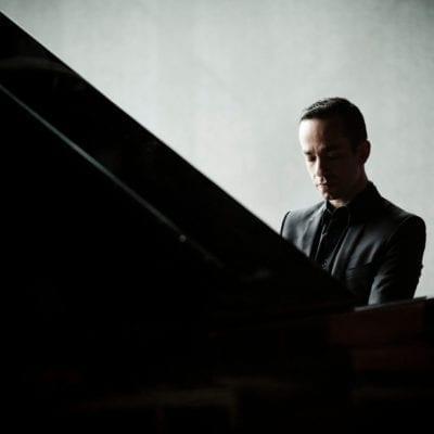 Inon Barnatan 2014- PianistPhoto: Marco Borggreve