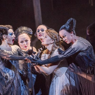 Die Zauberflöte ROH September 2017, Sabine Devieilhe (Queen of the Night), Siobhan Stagg (Pamina), Rebecca Evans, Angela Simkin, Susan Platts (c) ROH Tristram Kenton