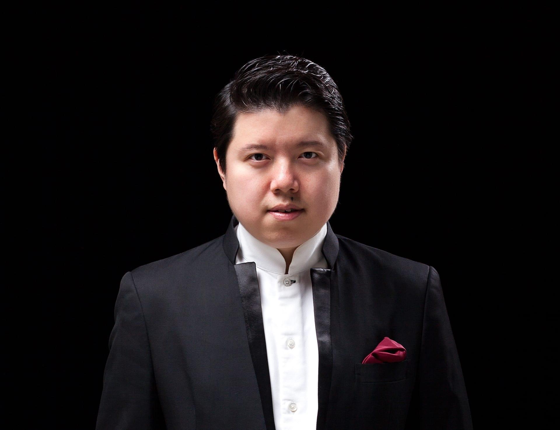 Watch Huang Yi video