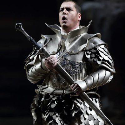 Stefan-Vinke-costume-3