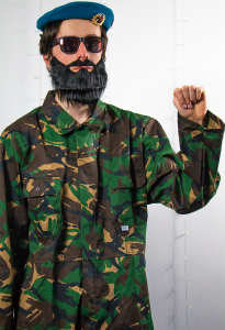 Jake Mace as Fidel Castro