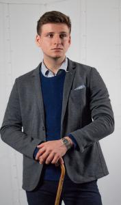 Oscar Ginn as Alexey Leonov