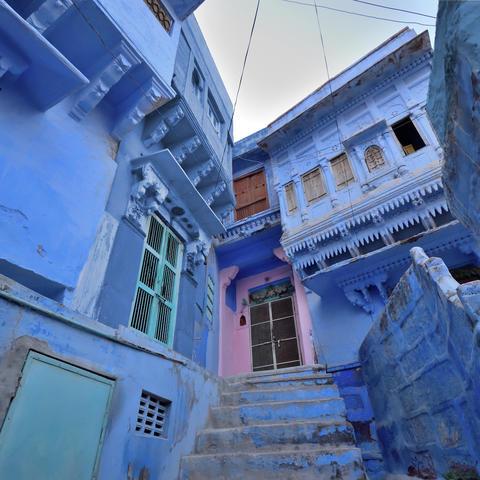 Pantone S Colour Of The Year 2020 Classic Blue Destinations