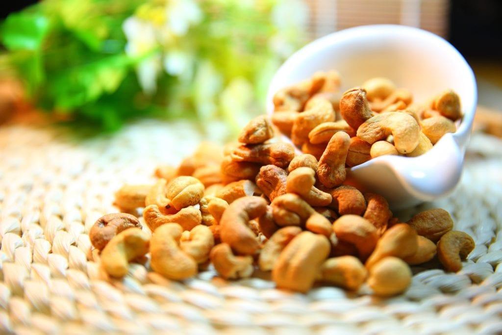 cashews, nut. nuts