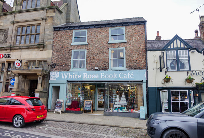 White Rose Books Café in Thirsk (Bira Member)