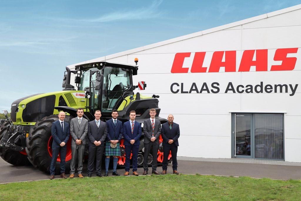 CLAAS graduates