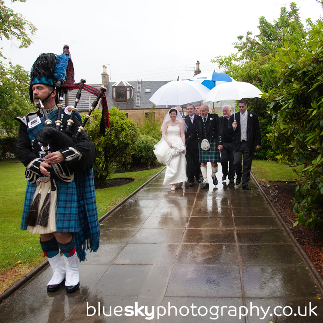 Amanda's arrival at Wallacestone Methodist Church, Falkirk