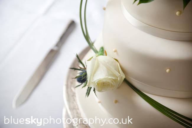 Emma & Dave's wedding cake