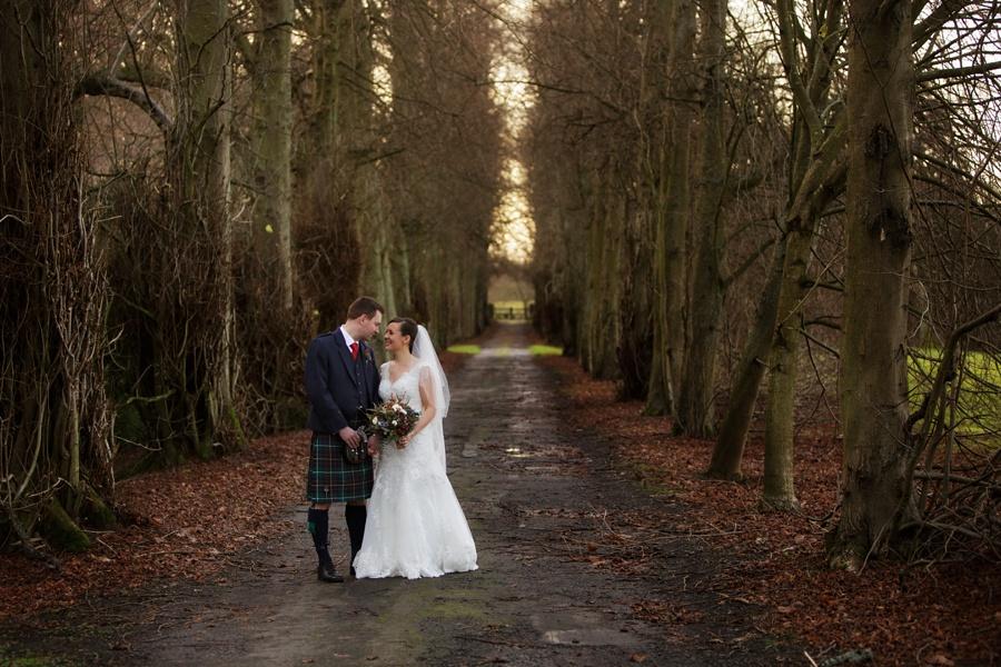 Hopetoun-House-Wedding-Blue-Sky-Photography-045