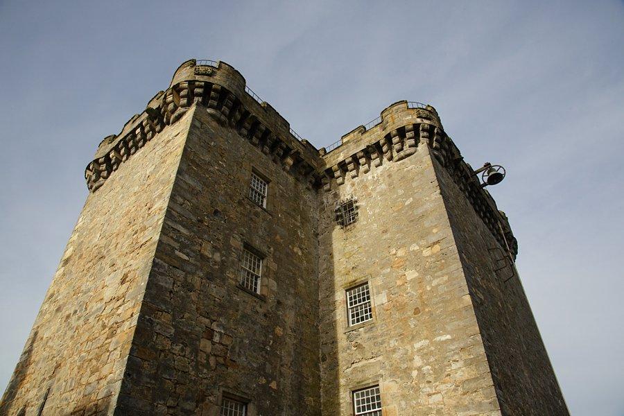 Taylor-Dundas-Castle-015