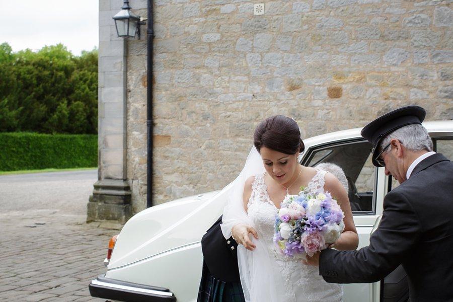 Hopetoun-House-Wedding-Gillian-Adriano-021