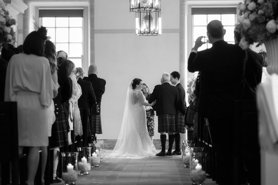 Hopetoun-House-Wedding-Gillian-Adriano-022