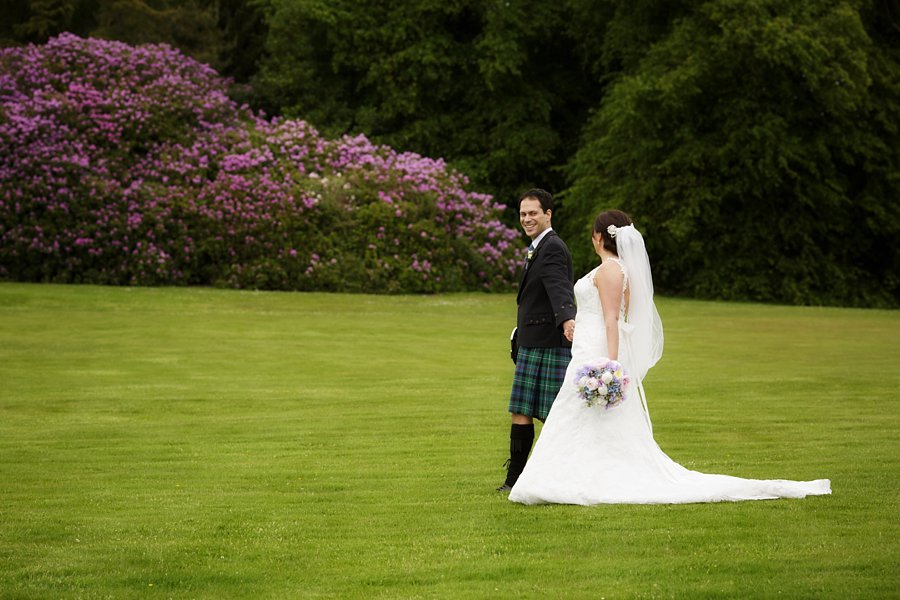 Hopetoun-House-Wedding-Gillian-Adriano-032