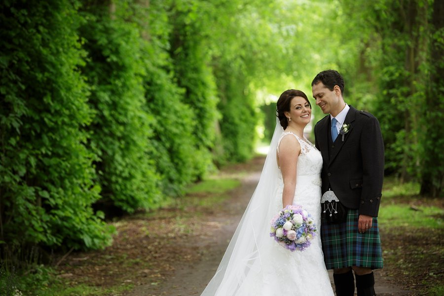 Hopetoun-House-Wedding-Gillian-Adriano-037