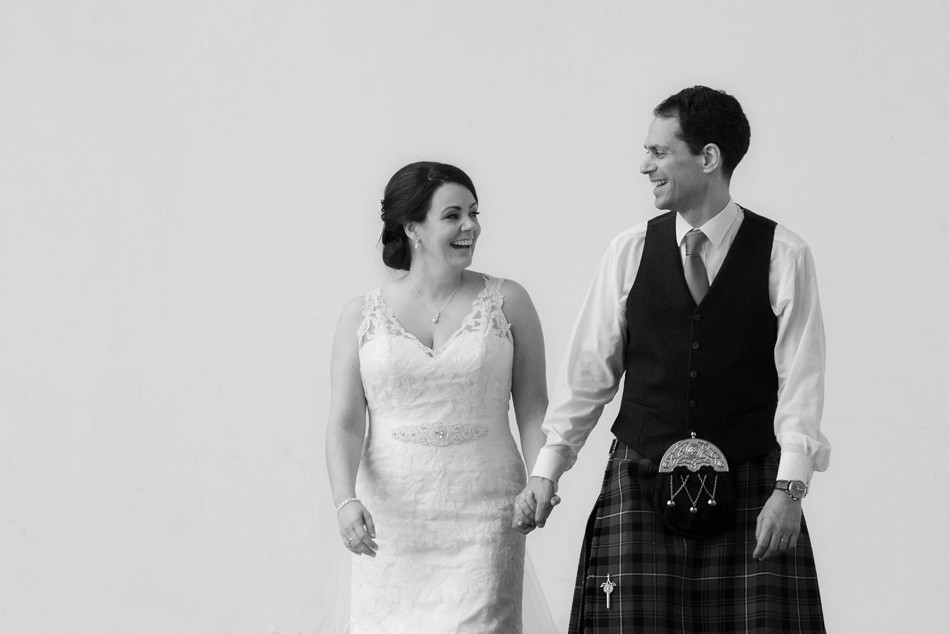 Hopetoun-House-Wedding-Gillian-Adriano-050
