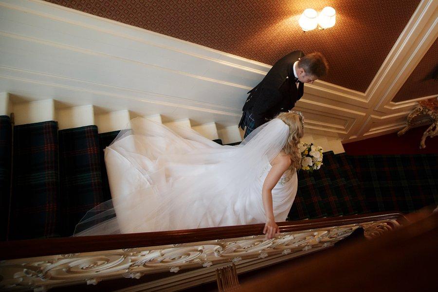 Eva_Danny_Drumtochty_Castle_Wedding-018