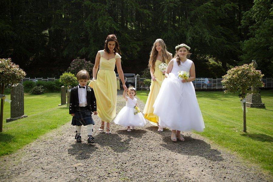 Eva_Danny_Drumtochty_Castle_Wedding-019