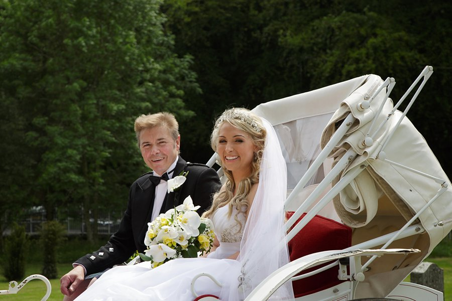 Eva_Danny_Drumtochty_Castle_Wedding-021