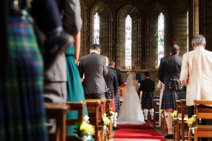 Eva_Danny_Drumtochty_Castle_Wedding-025