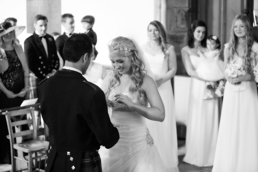 Eva_Danny_Drumtochty_Castle_Wedding-028