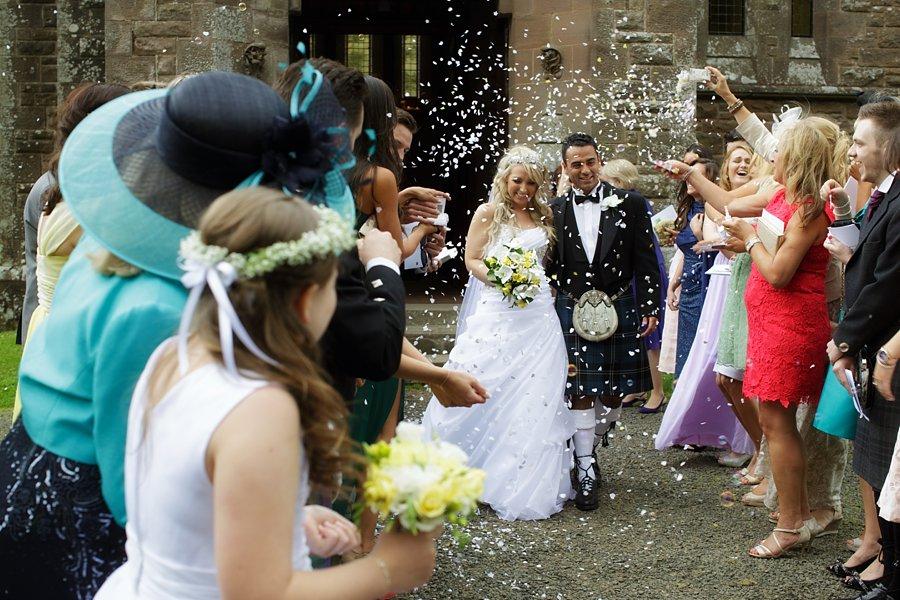 Eva_Danny_Drumtochty_Castle_Wedding-035