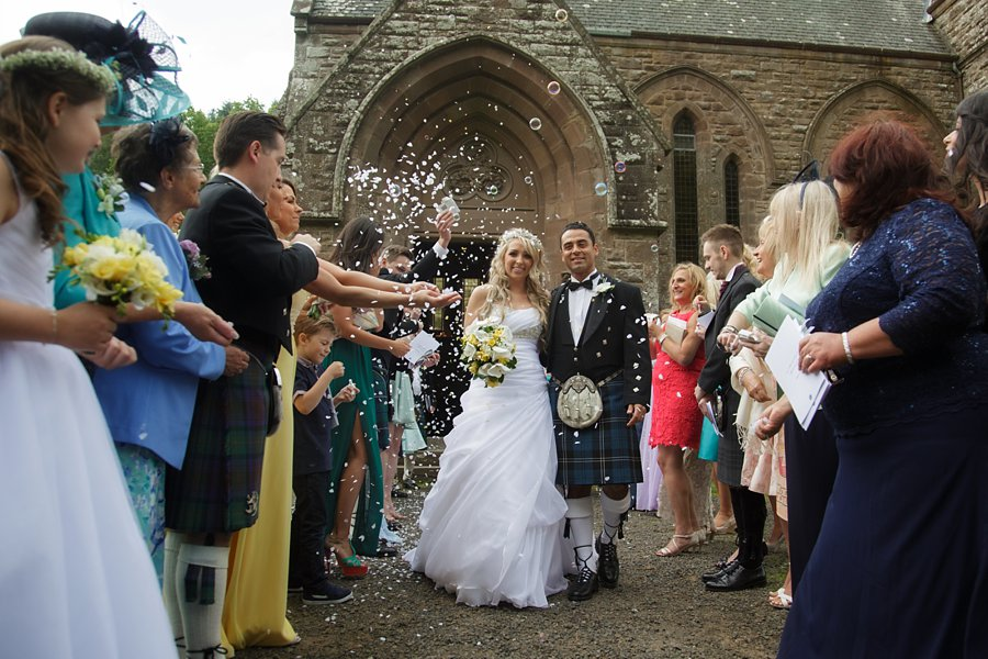 Eva_Danny_Drumtochty_Castle_Wedding-036