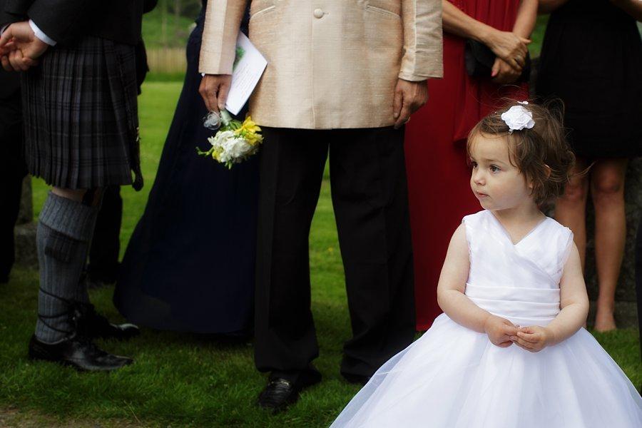 Eva_Danny_Drumtochty_Castle_Wedding-038