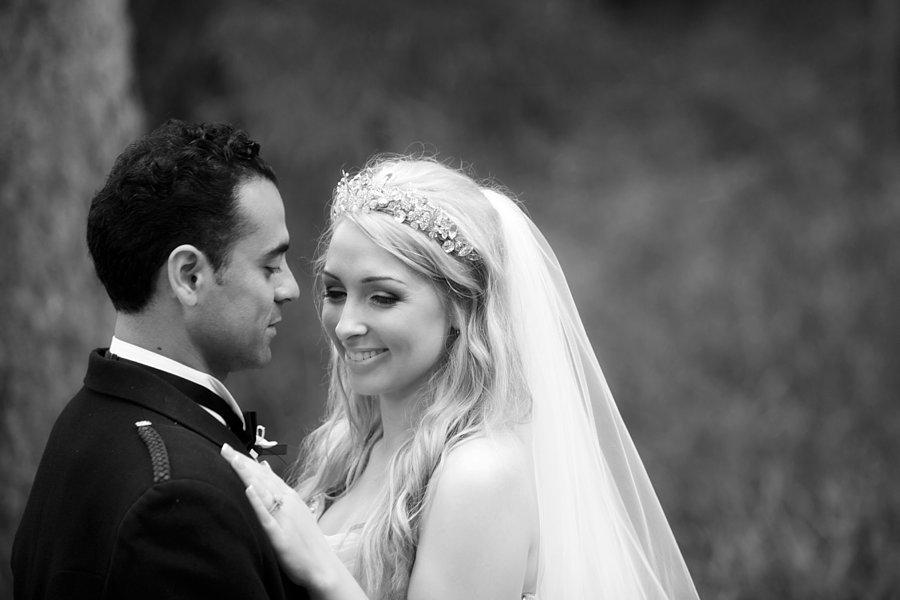 Eva_Danny_Drumtochty_Castle_Wedding-043