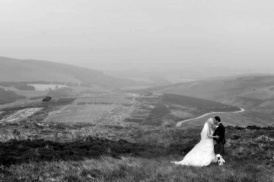 Eva_Danny_Drumtochty_Castle_Wedding-044