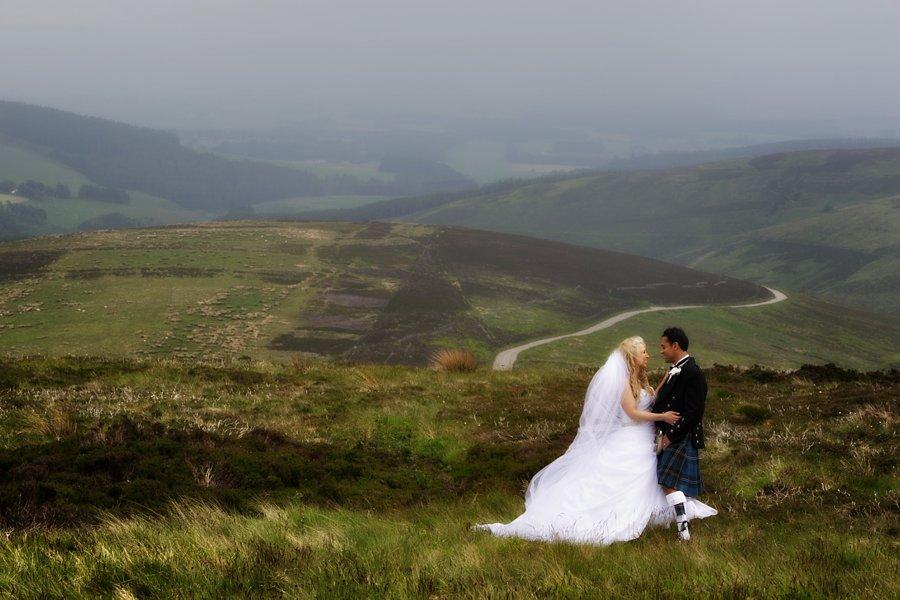 Eva_Danny_Drumtochty_Castle_Wedding-045