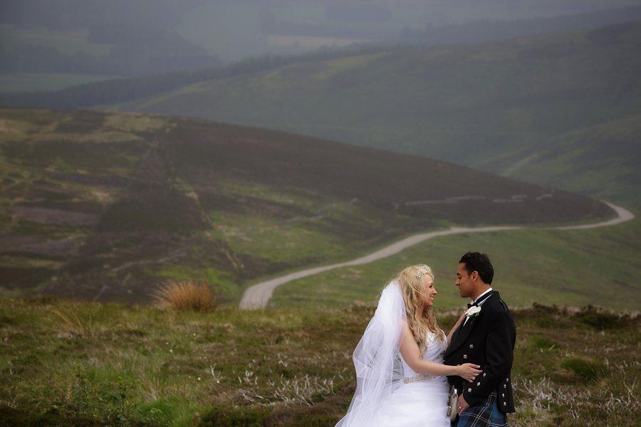 Eva_Danny_Drumtochty_Castle_Wedding-046