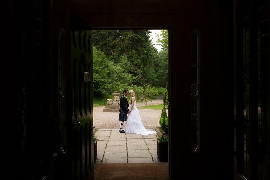 Eva_Danny_Drumtochty_Castle_Wedding-053